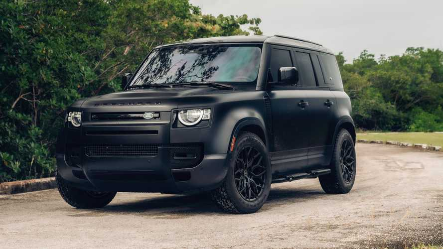 ¿Qué te parece esta preparación 'mafiosa' del Land Rover Defender?