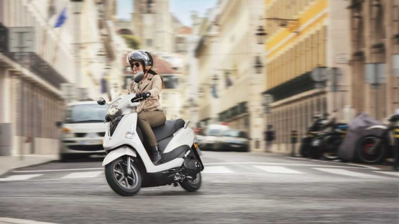 Yamaha D'Elight Scooter