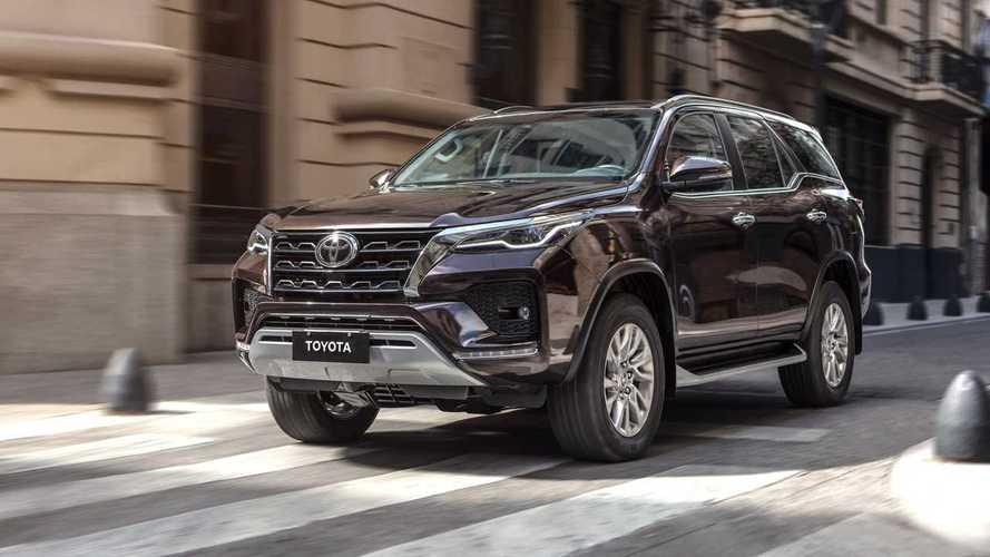 Harga Toyota Fortuner April 2021, Lebih Murah Usai Dapat PPnBM
