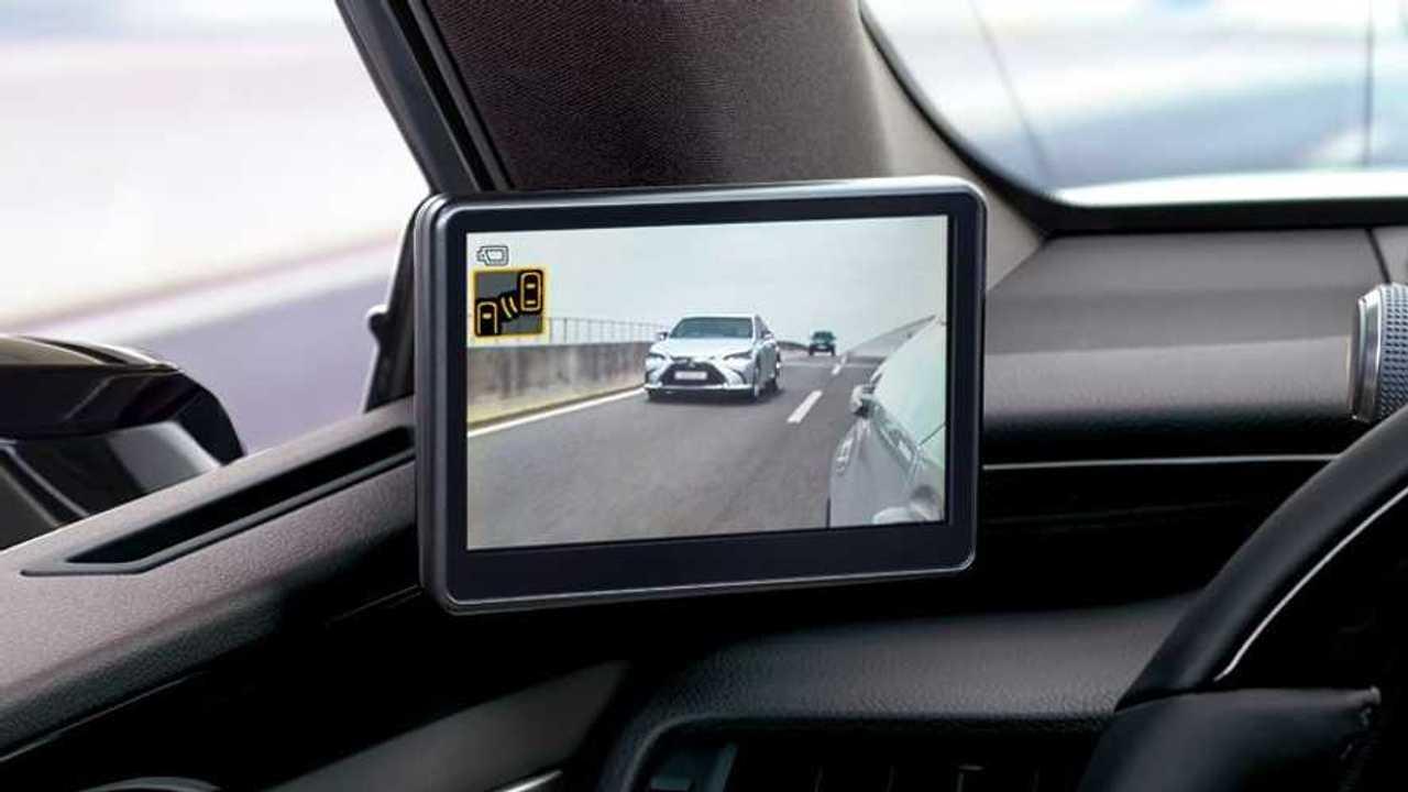 Lexus ES Hybrid, gli specchietti digitali