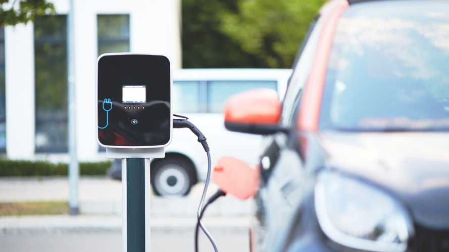 Le auto elettriche sono sopravvalutate, parola del presidente Toyota