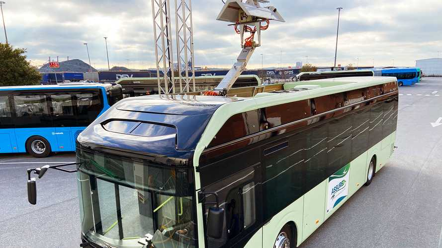 Volvo Buses To Offer EV Buses With Roof-Mounted Pantograph Too