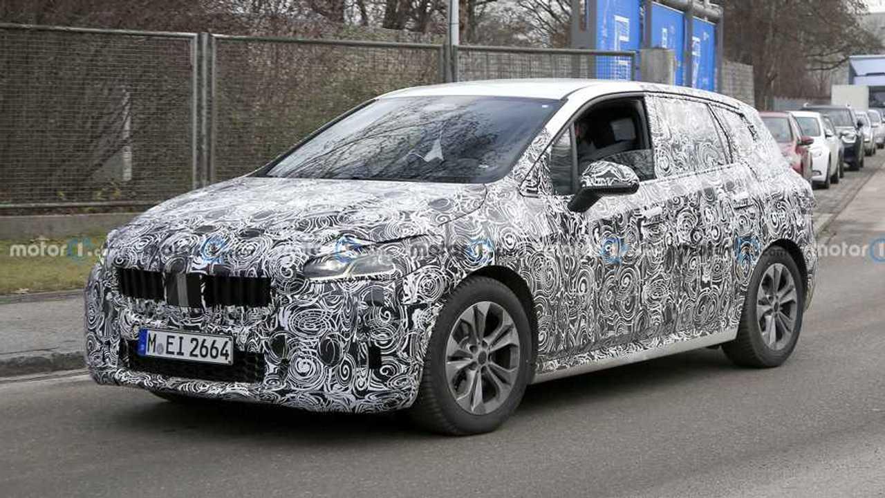 2021 BMW 2 Serisi Active Tourer yeni casus fotoğraf