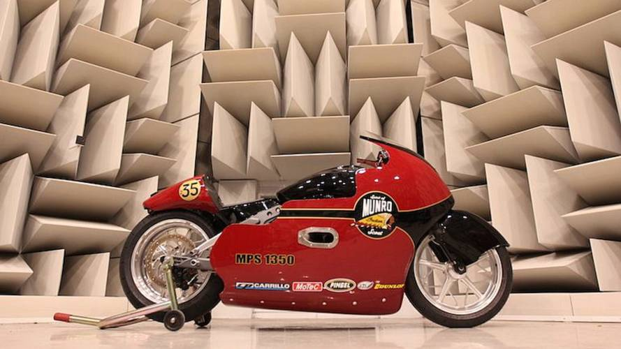 Indian Motorcycle Honors Burt Munro at Bonneville