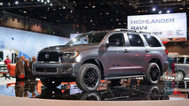 2018 Toyota Sequoia: Chicago 2017