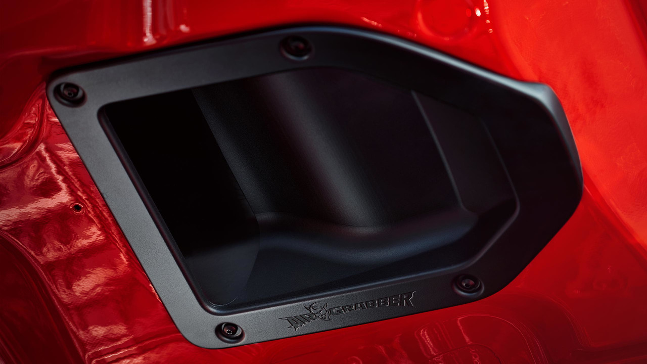 Dodge Challenger Demon Hood Scoop
