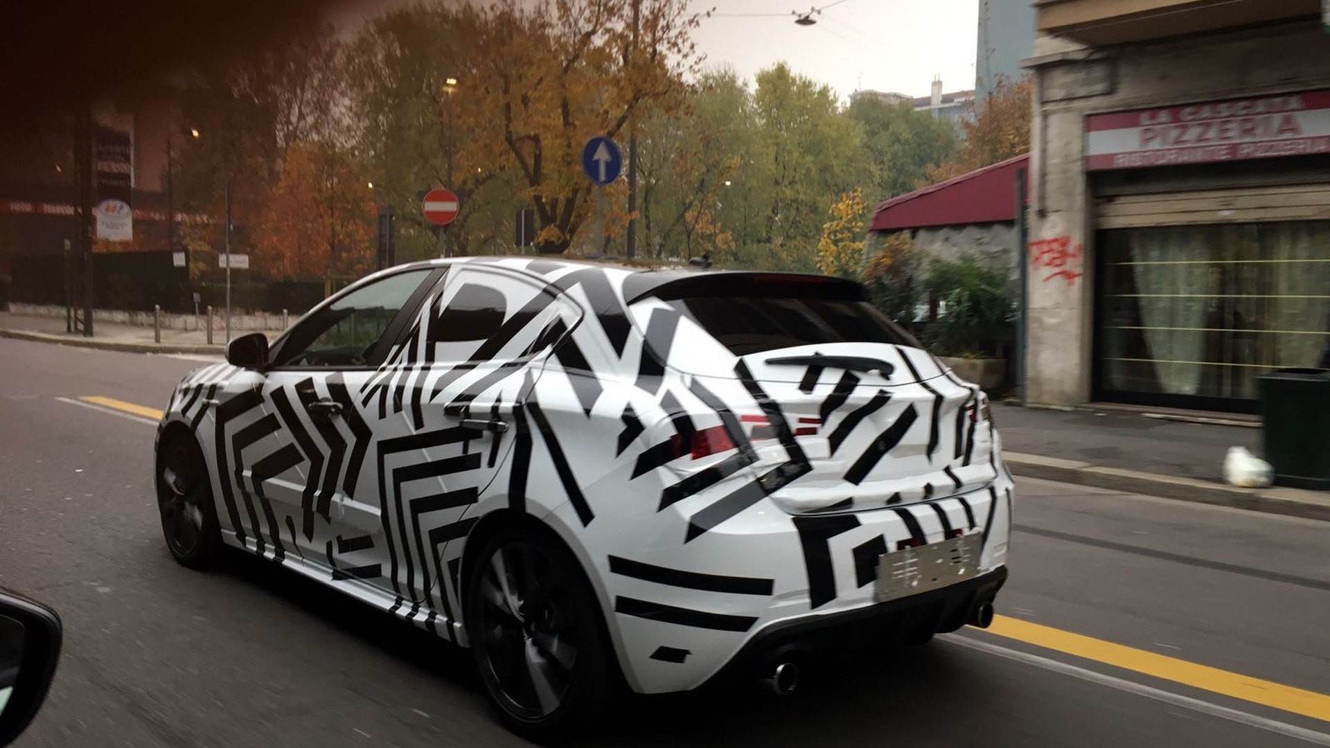 Mysterious Alfa Romeo Giulietta Grabs Our Attention