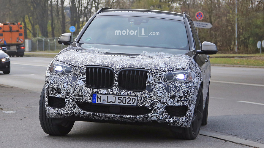 Novo BMW X3 é flagrado com pacote M Sport para concorrer contra GLC AMG
