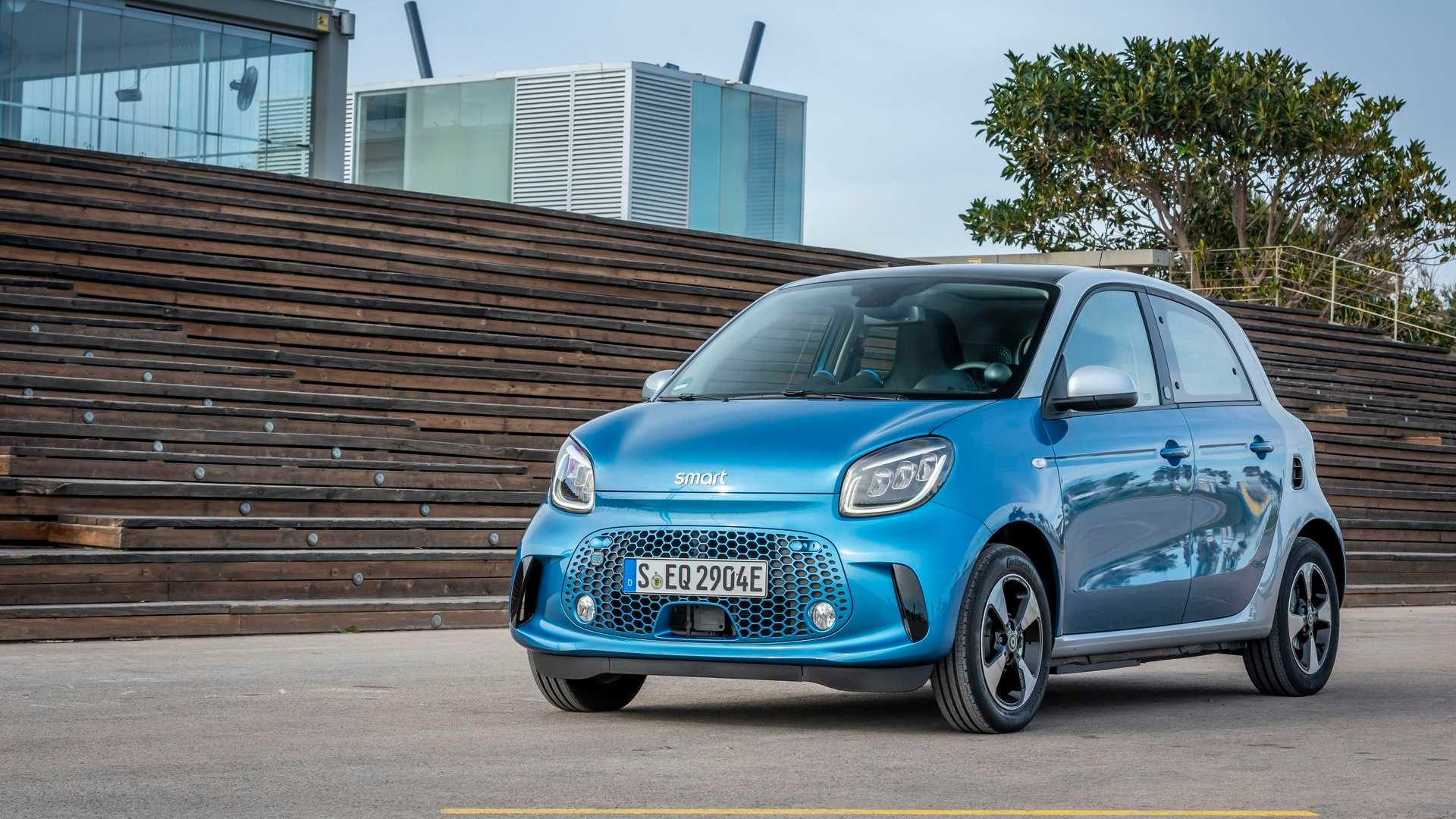 Smart Reportedly Readying Its Own Electric Crossover For 5 Launch