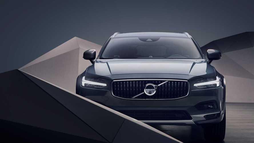 Bemutatta a Volvo az S90 és a V90 frissített változatát