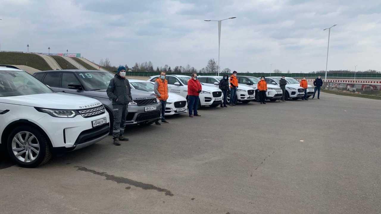 Jaguar Land Rover одолжил автомобили «Лизе Алерт» на время карантина