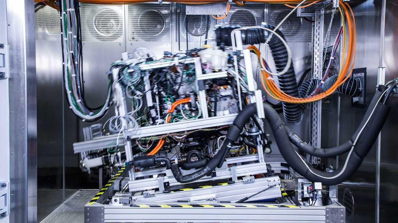 Daimler, Volvo joint venture