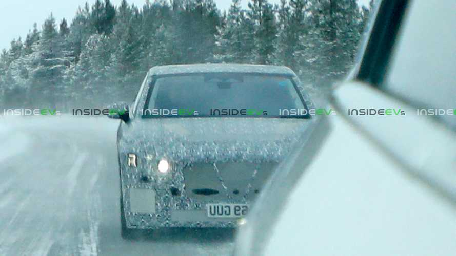 Jaguar XJ prototype spy photos