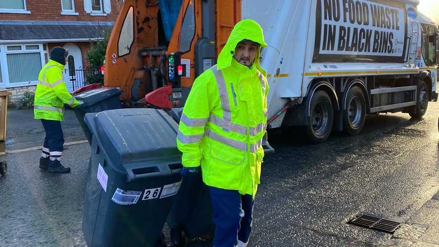Sentry Mode Captures Garbage Man Bashing Tesla Model X With Trash Bin