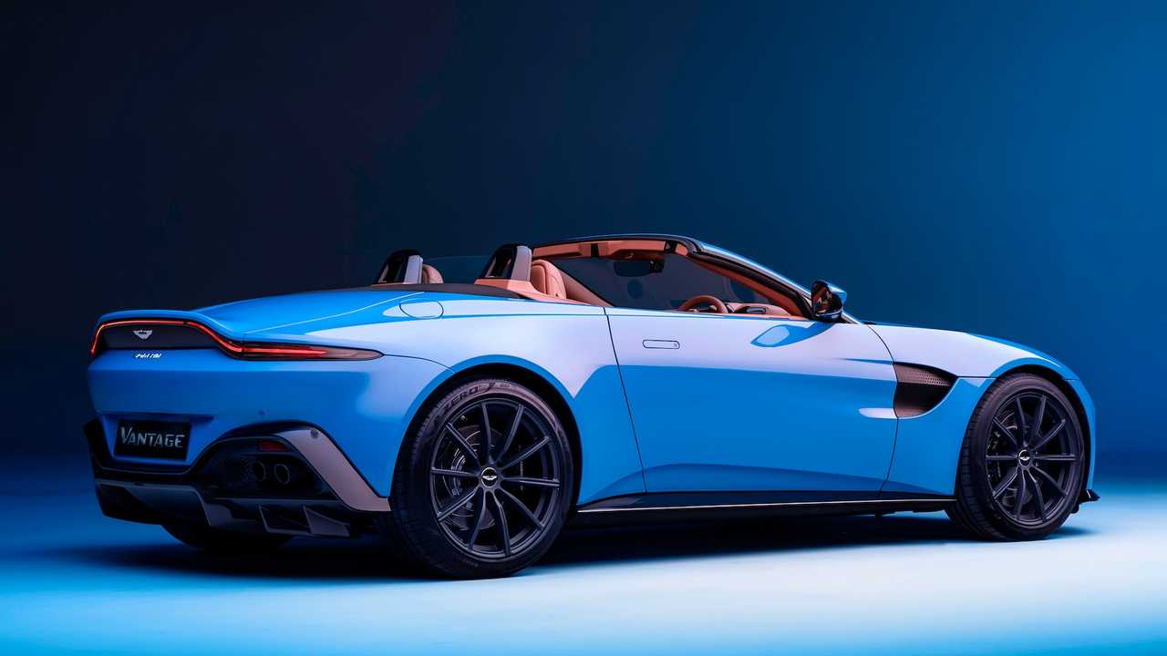 2021 Aston Martin Vantage Roadster Has World's Fastest Convertible Roof thumbnail