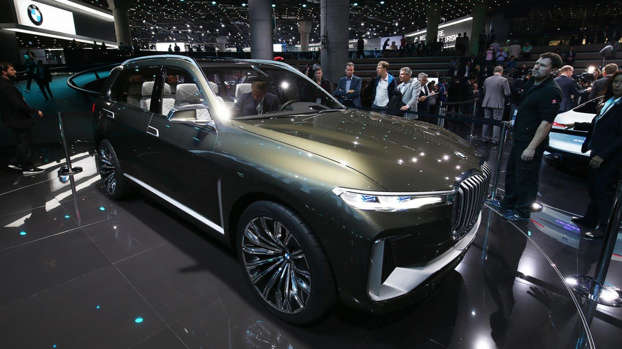 BMW Concept X7 iPerformance Debuts Its Bold Design In Frankfurt