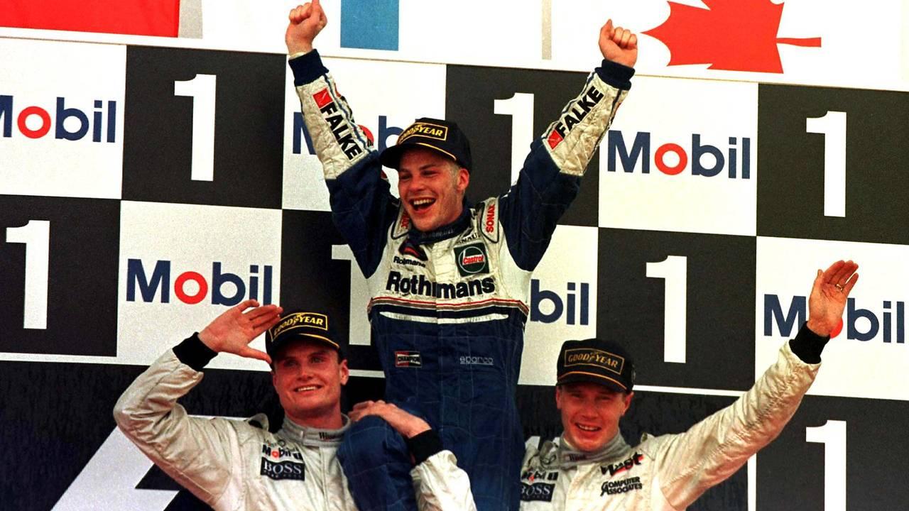 Jacques Villeneuve, Williams con Mika Hakkinnen, McLaren y David Coulthard, McLaren
