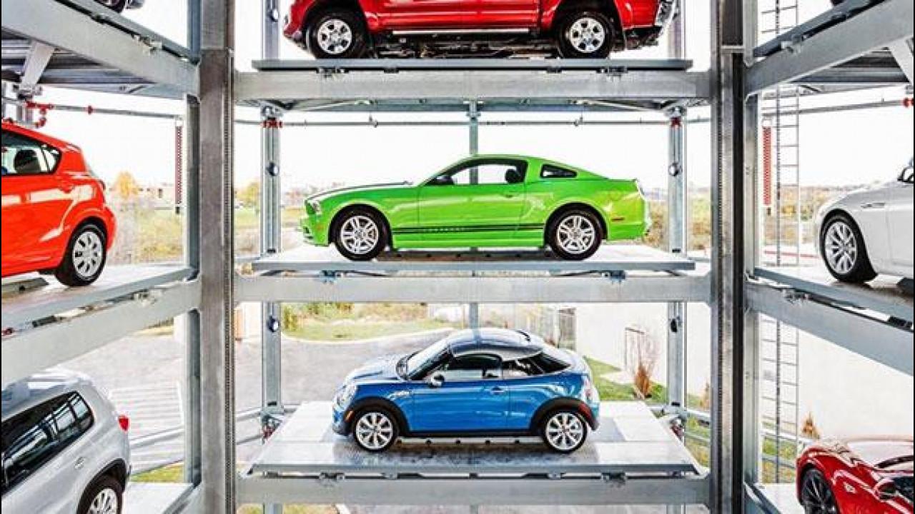 [Copertina] - Negli USA le auto si comprano dal distributore automatico