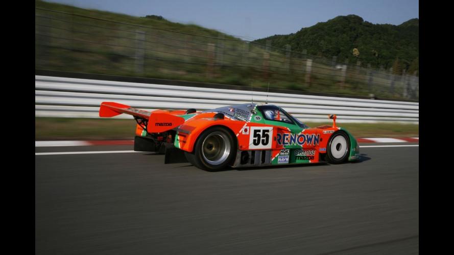 A Le Mans torna la Mazda 787B