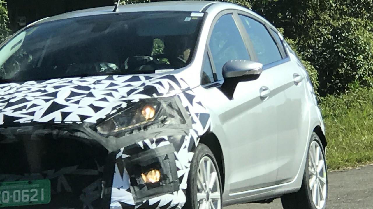 Flagra - Ford Fiesta reestilizado