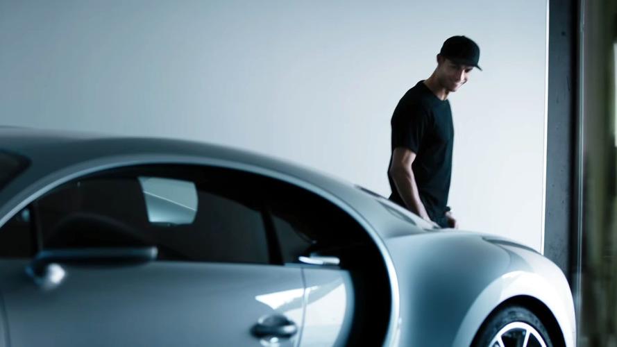 Cristiano Ronaldo'lu Bugatti Chiron reklamı