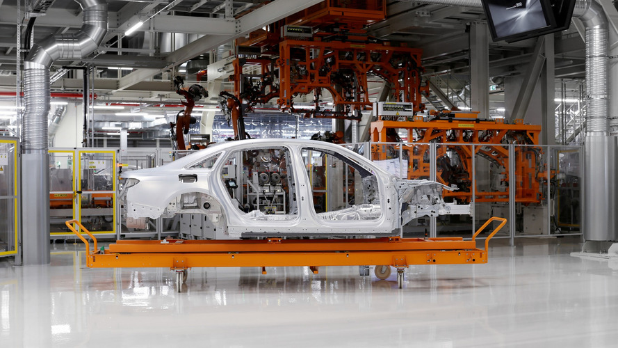 Hármas szintű önvezető rendszerrel érkezik a következő-generációs Audi A8