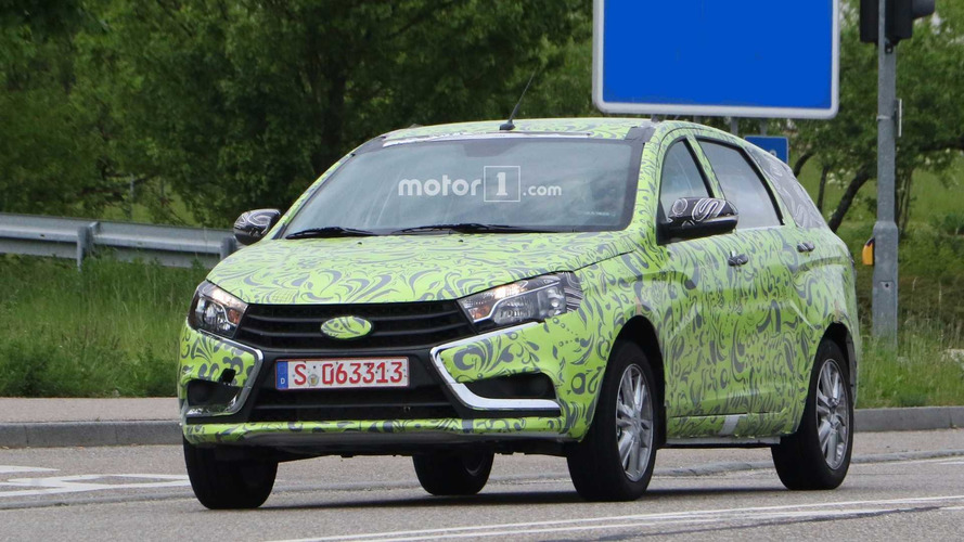 Lada Vesta Wagon spy photos