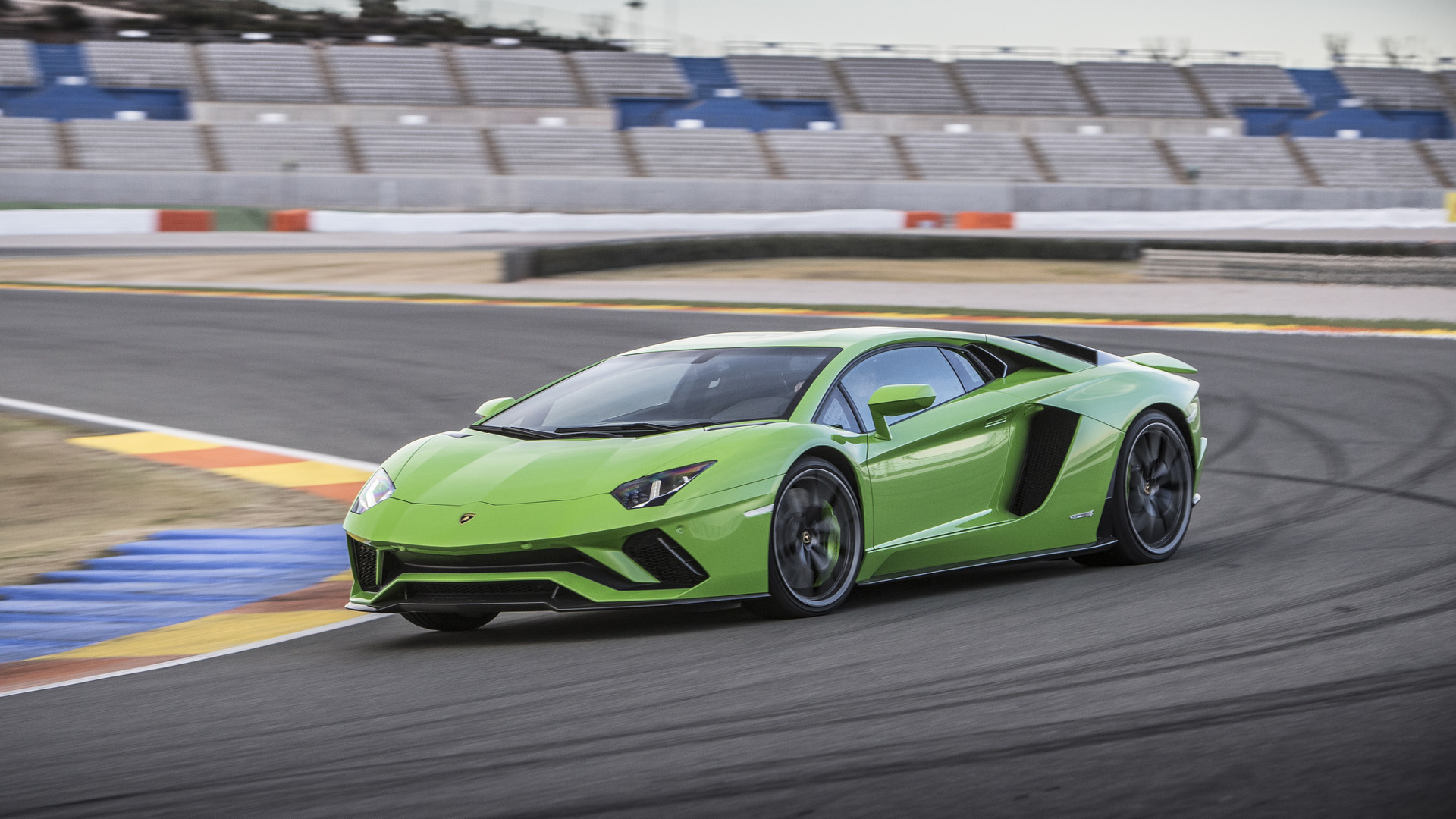 2017 Lamborghini Aventador S First Drive Learning To Love A Single
