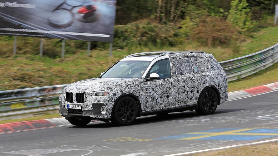 "BMW ""tamanho família"", SUV X7 já tem data marcada para estrear"