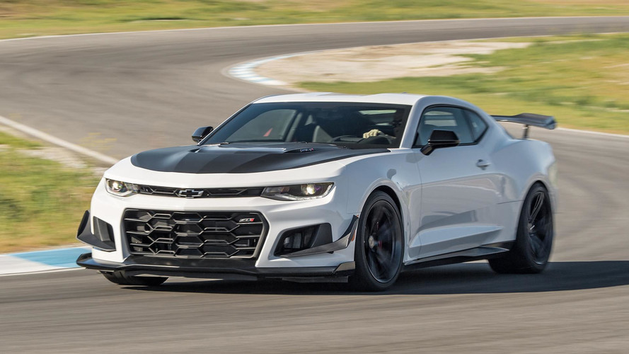 Camaro Zl1 1le Bests Corvette Zr1 Dodge Demon In Top Gear