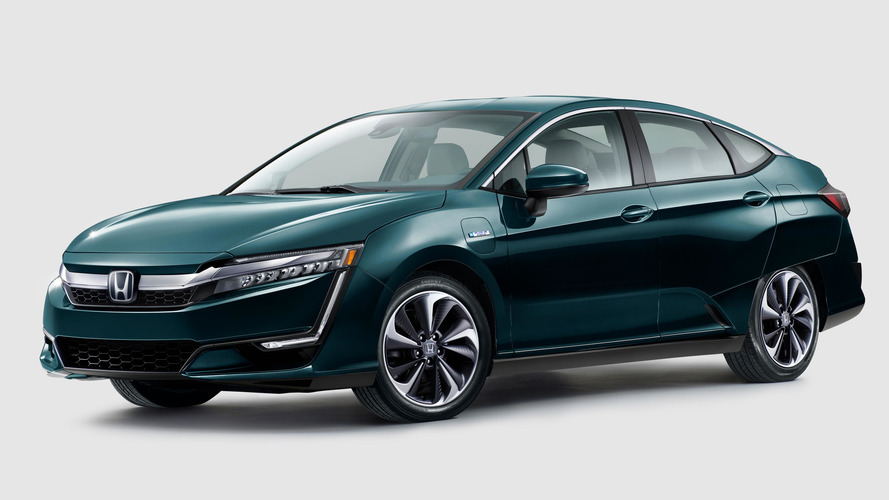 Honda Clarity Plug-In Hybrid Clobbers Toyota Prius Prime In Comparison.