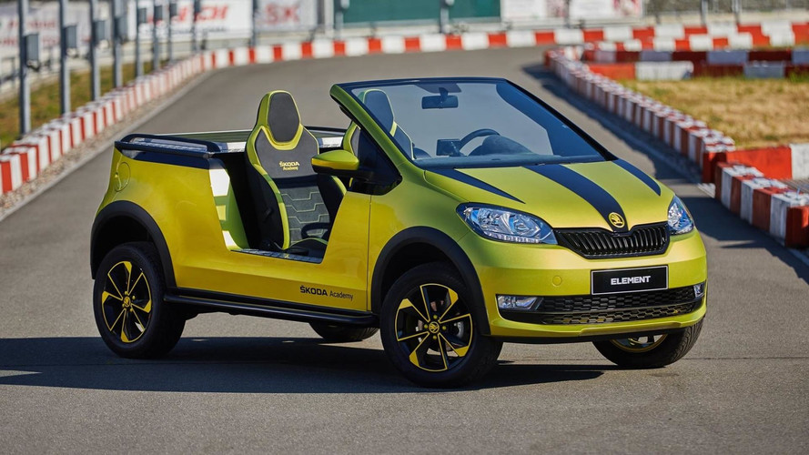Doorless Skoda Element Electric Buggy Shows Off Solar Panel