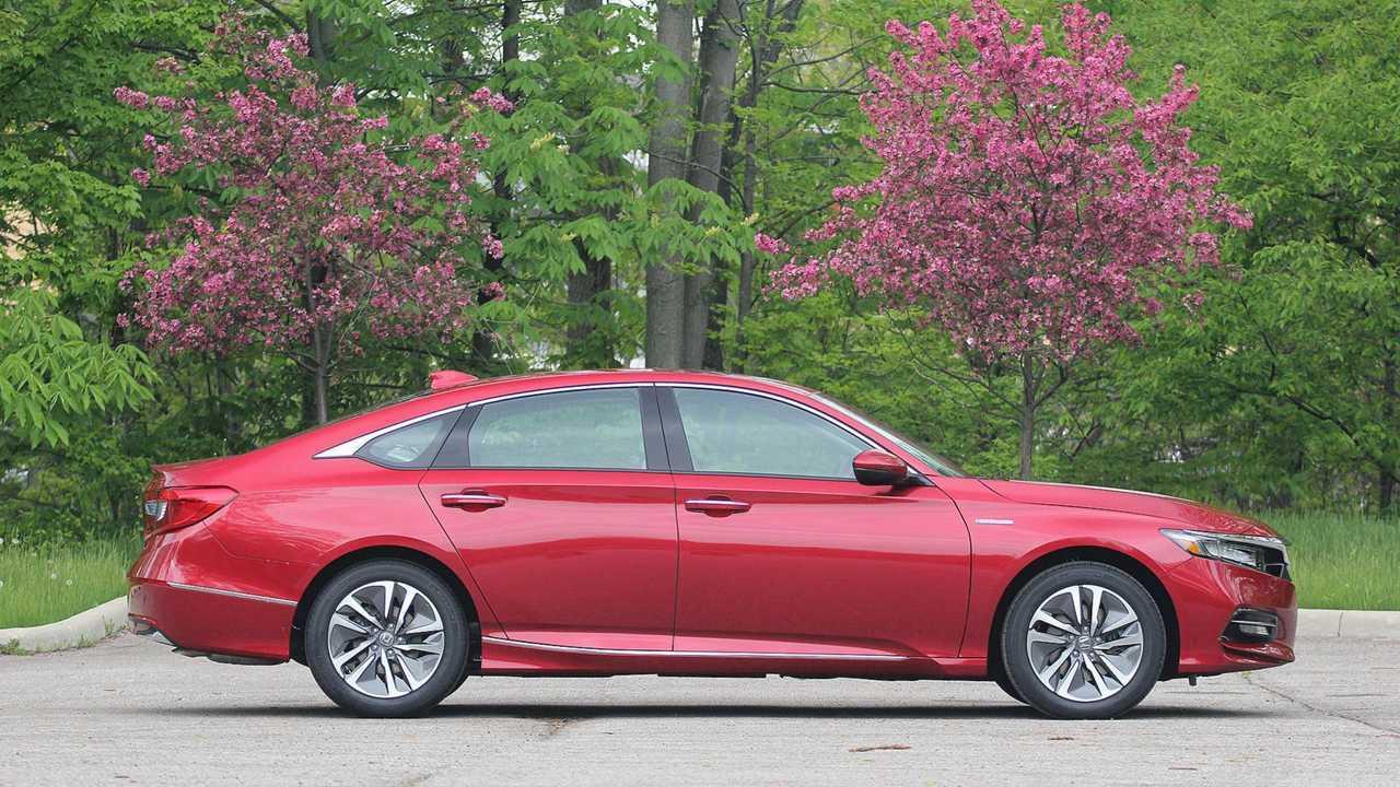 4. 2018 Honda Accord Hybrid