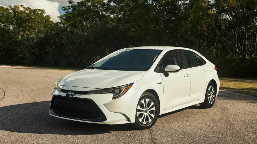 Novo Toyota Corolla híbrido é apresentado em Los Angeles