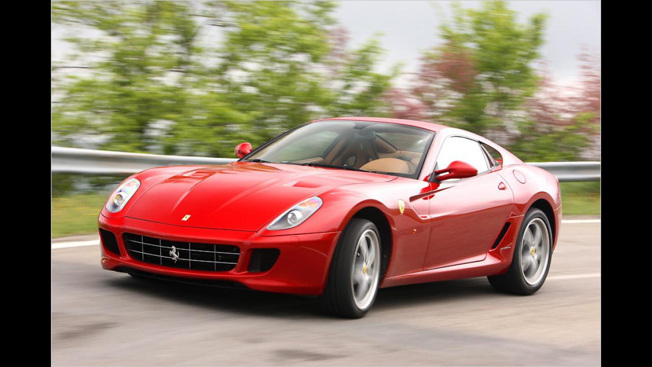 Drei Exemplare: Ferrari 599 GTB