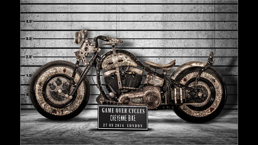 Motorrad mit zweiter Haut