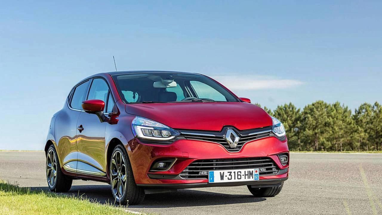 5.- Renault Clio - 2.943 unidades