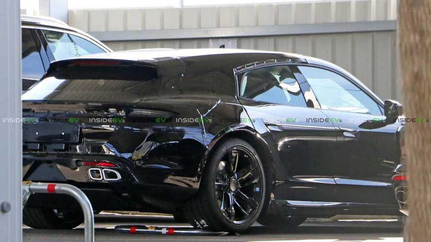Porsche Taycan Sport Turismo, le foto spia