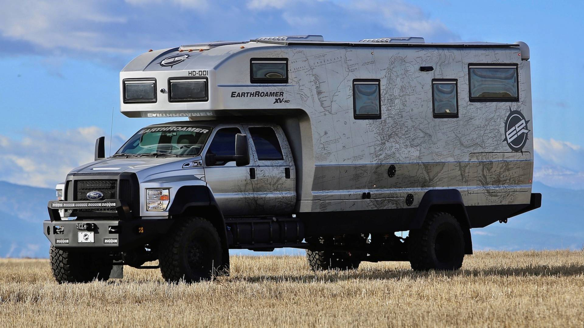 11 Crazy Cool Campers That Encourage Outdoor Living