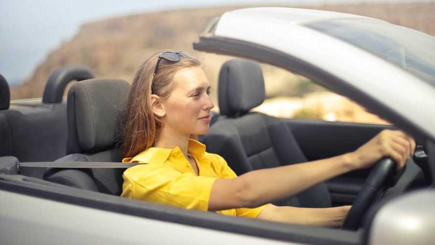 Les clichés sur les femmes et l'automobile ont la vie dure