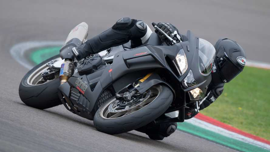 Aprilia Announces 2019 RSV4 1100 Factory