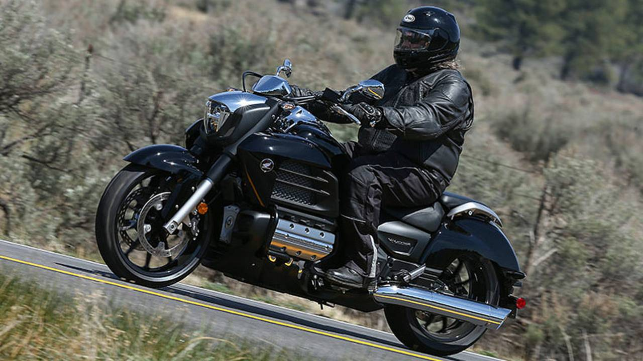 Review: 2014 Honda Gold Wing Valkyrie