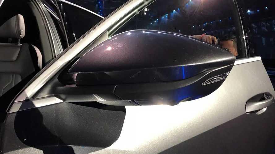 Gli specchietti virtuali dell'Audi e-tron