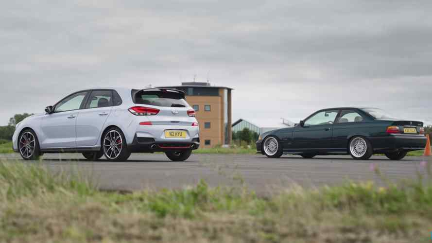 Old School Meets New School: Hyundai i30N Drag Races BMW 328i E36