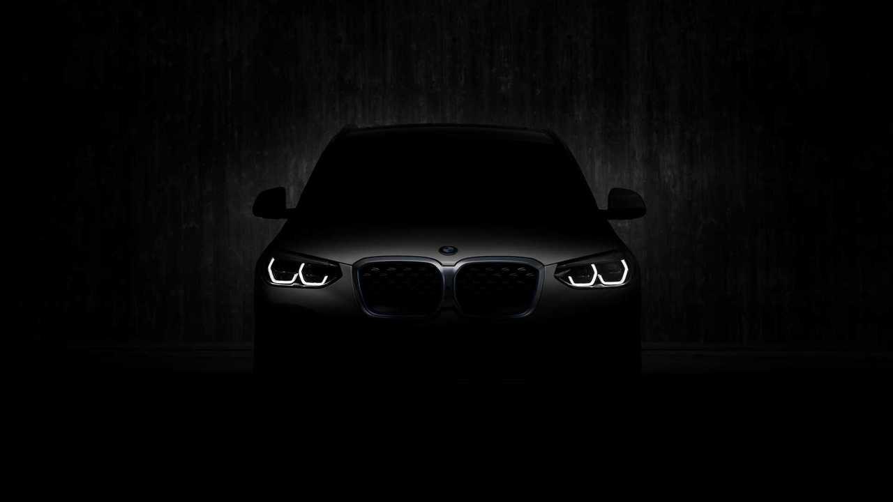 тизер BMW iX3