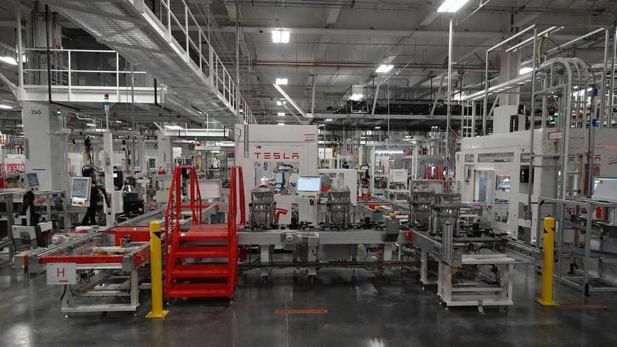 Tesla ricicla il 92% delle sue batterie con l'impianto in Nevada