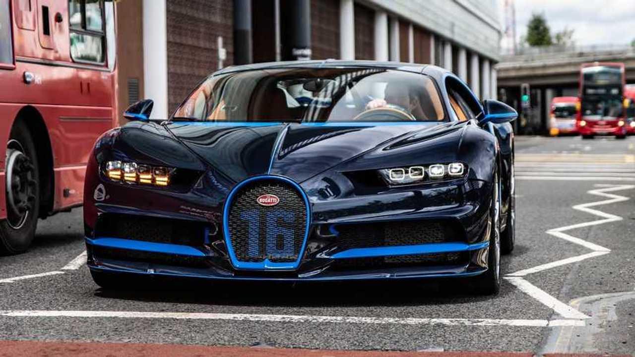 Londra'da Bugatti Chiron teslimat
