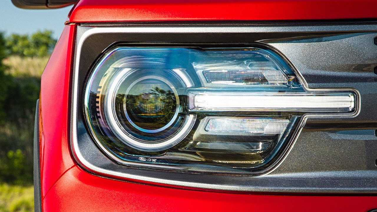 Yeni Ford Bronco'nun Detaylarını Gösteren İpucu (Teaser) Görüntüleri