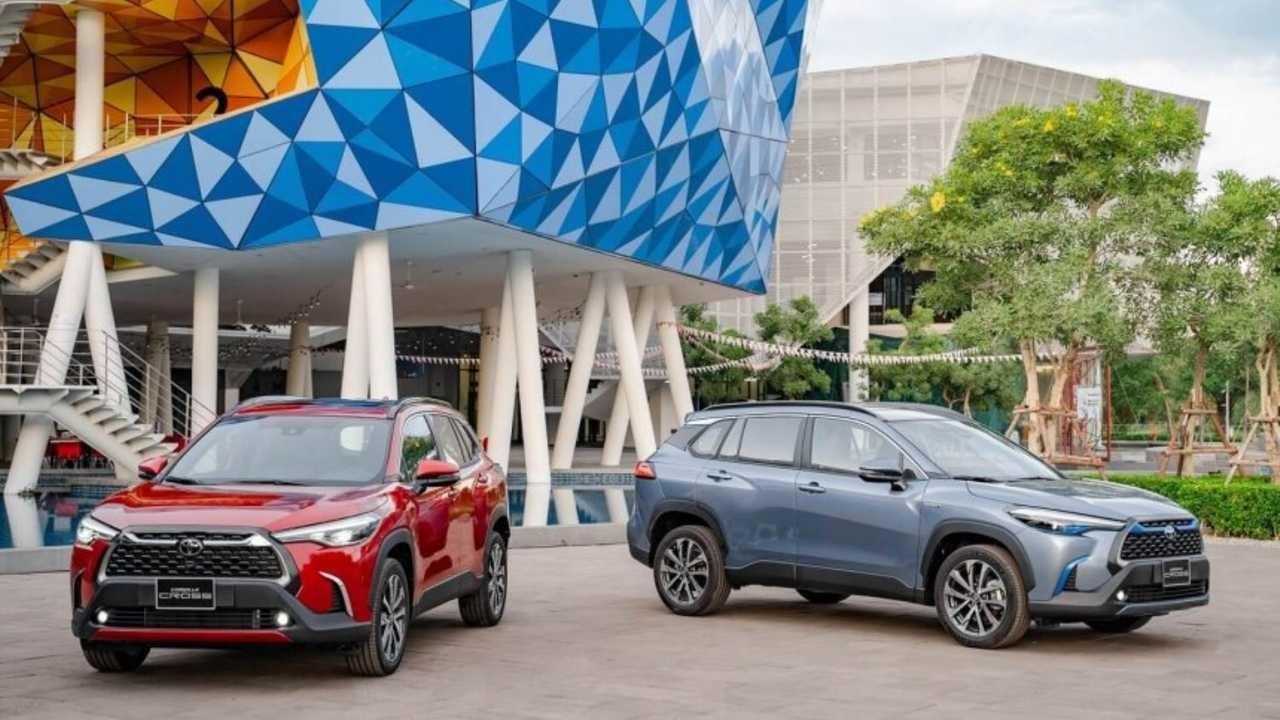 Toyota Corolla Cross для Вьетнама