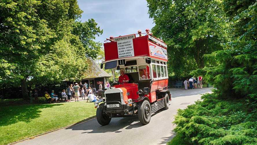 40th film anniversary for Beaulieu's veteran bus